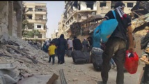 Evacuation begins from Daraya, symbol of Syria revolt