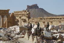 Syria army battles IS inside Palmyra