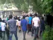 2,200 evacuate rebel-held Damascus district