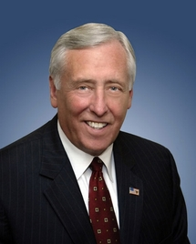 US lawmakers pass 680-billion-dollar defense budget bill