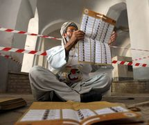 Afghan election is a 'laughing stock': Taliban