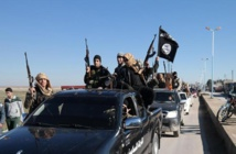 Airstrikes target Islamic State-held town in Iraq