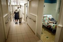 An Alzheimer's patient at a psychiatric hospital (AFP/File/Jean-Philippe Ksiazek)