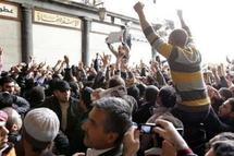 Mourners flood Syrian protest town: activists