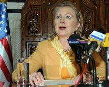 Clinton at NATO talks amid Libya friction