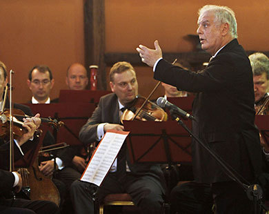 Israel, Palestinians lack great leaders: Barenboim