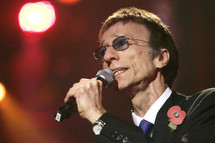 Bee Gees star Robin Gibb wakes from coma: spokesman