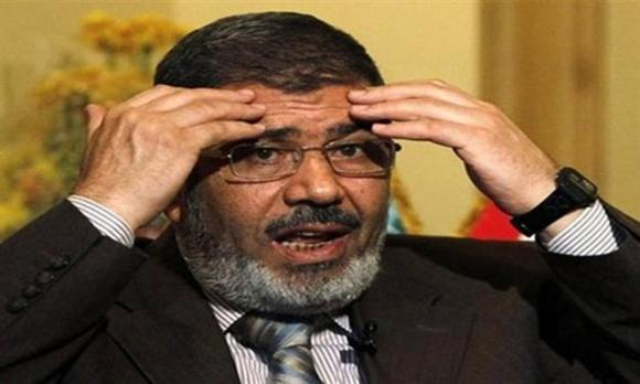 Egypt's Morsi and Hamas's Haniya discuss Gaza