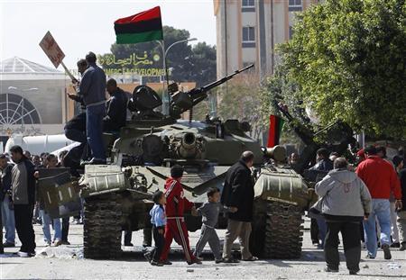 Over 100 tanks seized from pro-Kadhafi militia: ministry