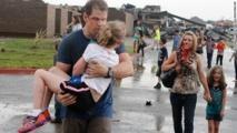 Rescuers dig for life after US tornado kills 24