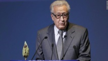 Brahimi pushes for Syria peace talks on Egypt visit