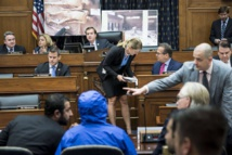 Syria defector shows war 'torture' photos to US lawmakers