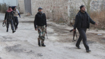 Syrian rebels close in on strategic IS group-held city