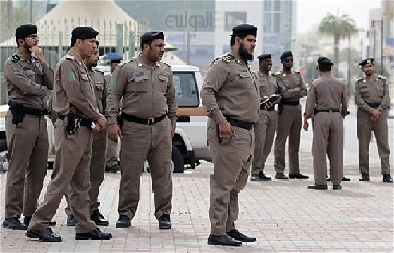Saudi arrests IS follower accused of killing officer