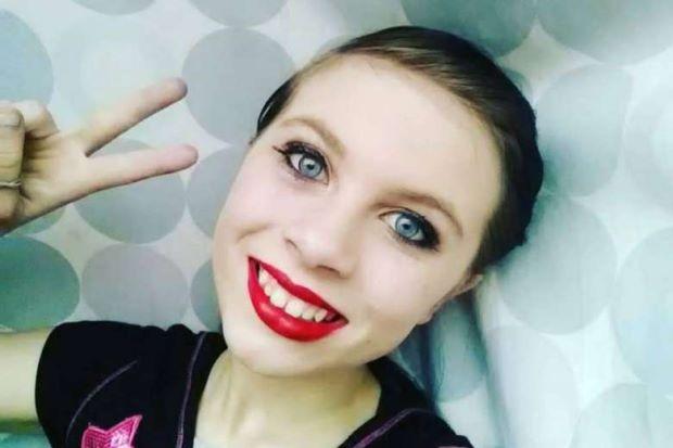 Live video of 12-year-old US girl's suicide goes viral