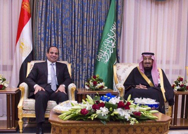 Egypt's Sisi visits Saudi Arabia as tensions ease