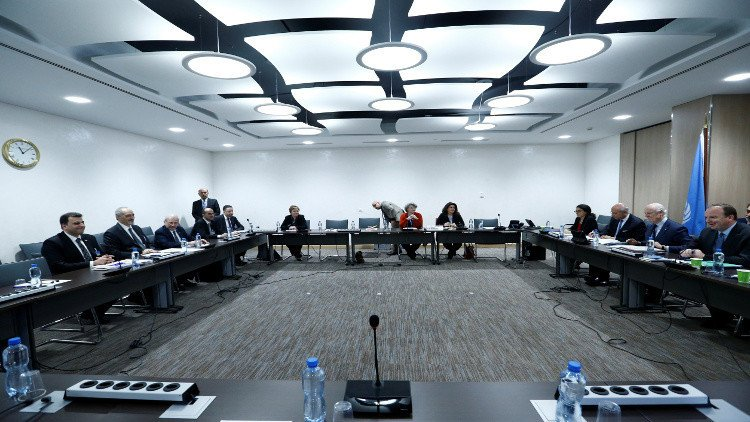 Syrian opposition vows not to 'walk away' from Geneva talks
