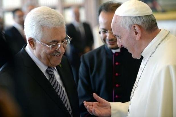 Pope makes Israeli-Palestinian peace bid on pilgrimage