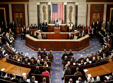 Obama tells lawmakers Iraq strikes in US interest