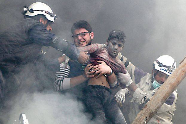 Human Rights Watch denounces Syria barrel bomb attacks