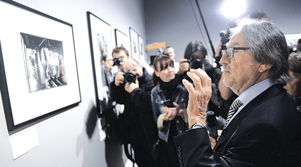 Hollywood great Zsigmond opens first show of his photos