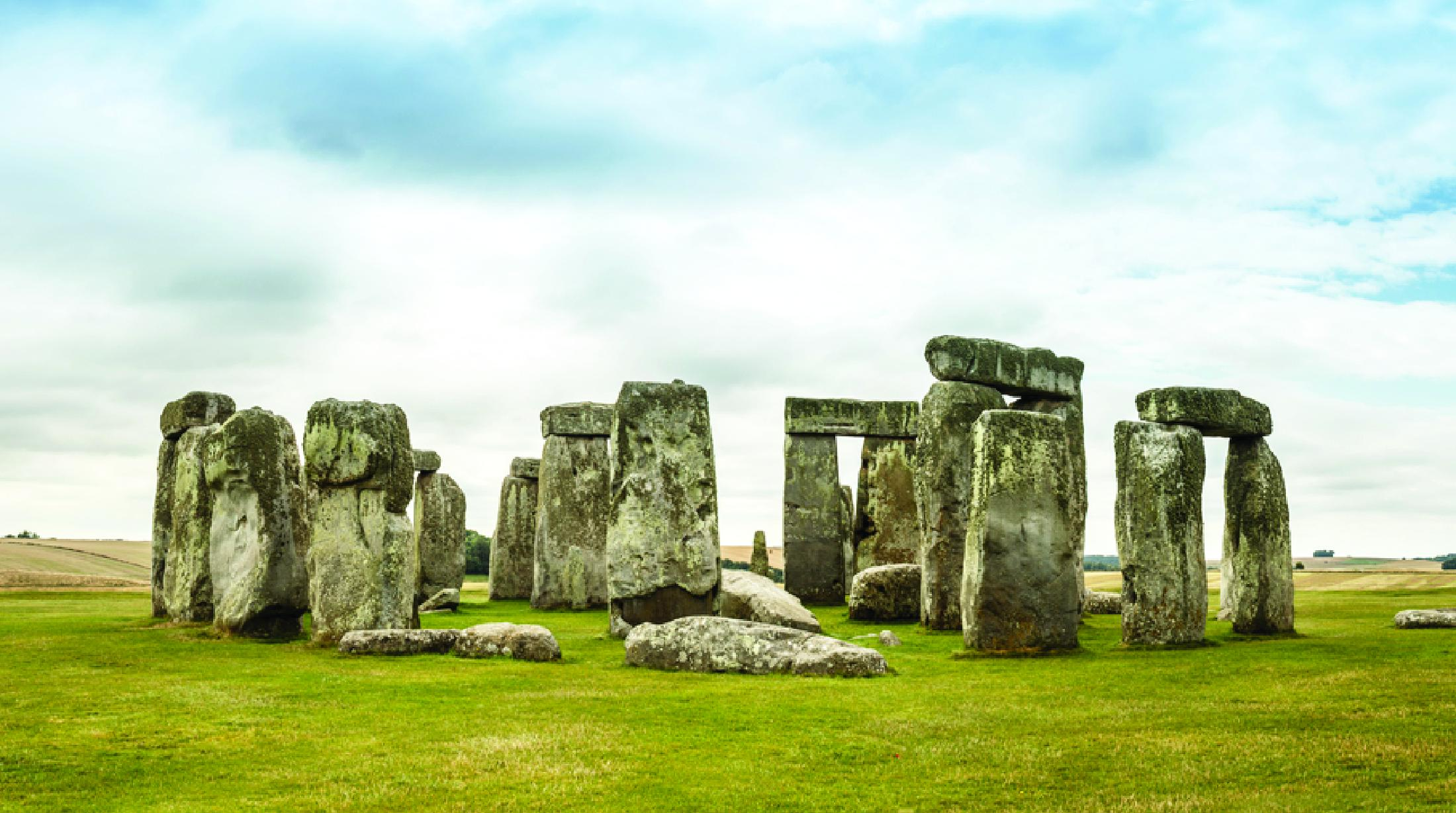 Stonehenge archeologists find huge neolithic site