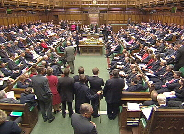 MPs urge British government to recognise IS 'genocide'