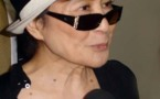 Yoko Ono picks up human rights prize in Berlin