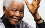 Senegalese sculptor dedicates French honour to Mandela