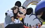 Disney bans selfie sticks over safety fears