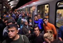 Italy and Germany signal tougher EU stance on migrants
