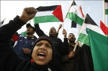 Israel rejects truce calls, presses on with Gaza offensive