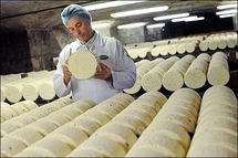 Cheese spat causes stink for Obama in France