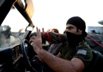 Coalition, Syrian rebels fight off IS attack on base: US official