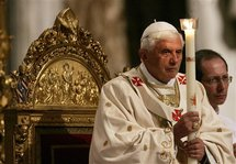 Pope leads Christian prayers as world celebrates Easter