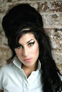 Amy Winehouse hospitalised after fainting