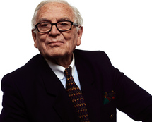Fashion legend Pierre Cardin 'to sell everything'