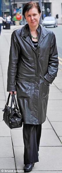 British court hands serial bigamist suspended sentence