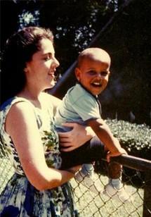 Obama's mum's batik collection on display in Washington