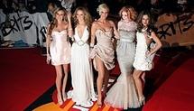 Cheryl Cole tops British charts