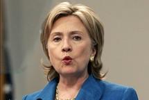 Clinton seeks to reassure Arab nations on Israeli settlements