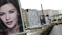 Posters featuring Catherine Zeta-Jones, Richard Gere and John C. Reilly in Berlin