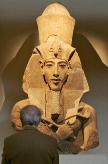 King Tut's dad's toe returned to Egypt