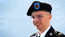 Hacker who turned in WikiLeaks informant Chelsea Manning dies