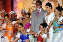 Indian screen legend Amitabh Bachchan with traditional Sri Lankan dancers in Colombo