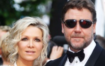 Russell Crowe to hold 'divorce auction' in Sydney