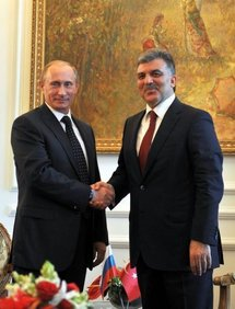 Russian Prime Minister Vladimir Putin (left) with Turkish President Abdullah Gul (right)