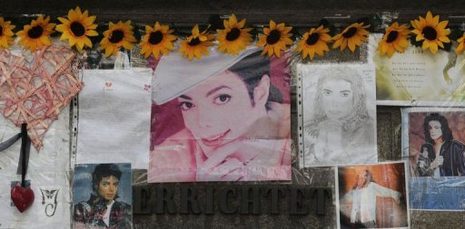 Tributes to superstar Michael Jackson