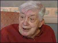 Scottish national poet Morgan dies