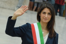 Rome mayor celebrates as bus referendum fails due to low turnout